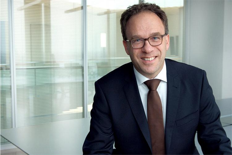 Prof. Dr. Christopher Storck Hering Schuppener