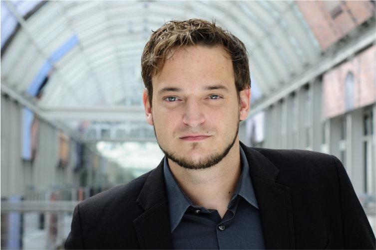 Jörg Schneider Undertone