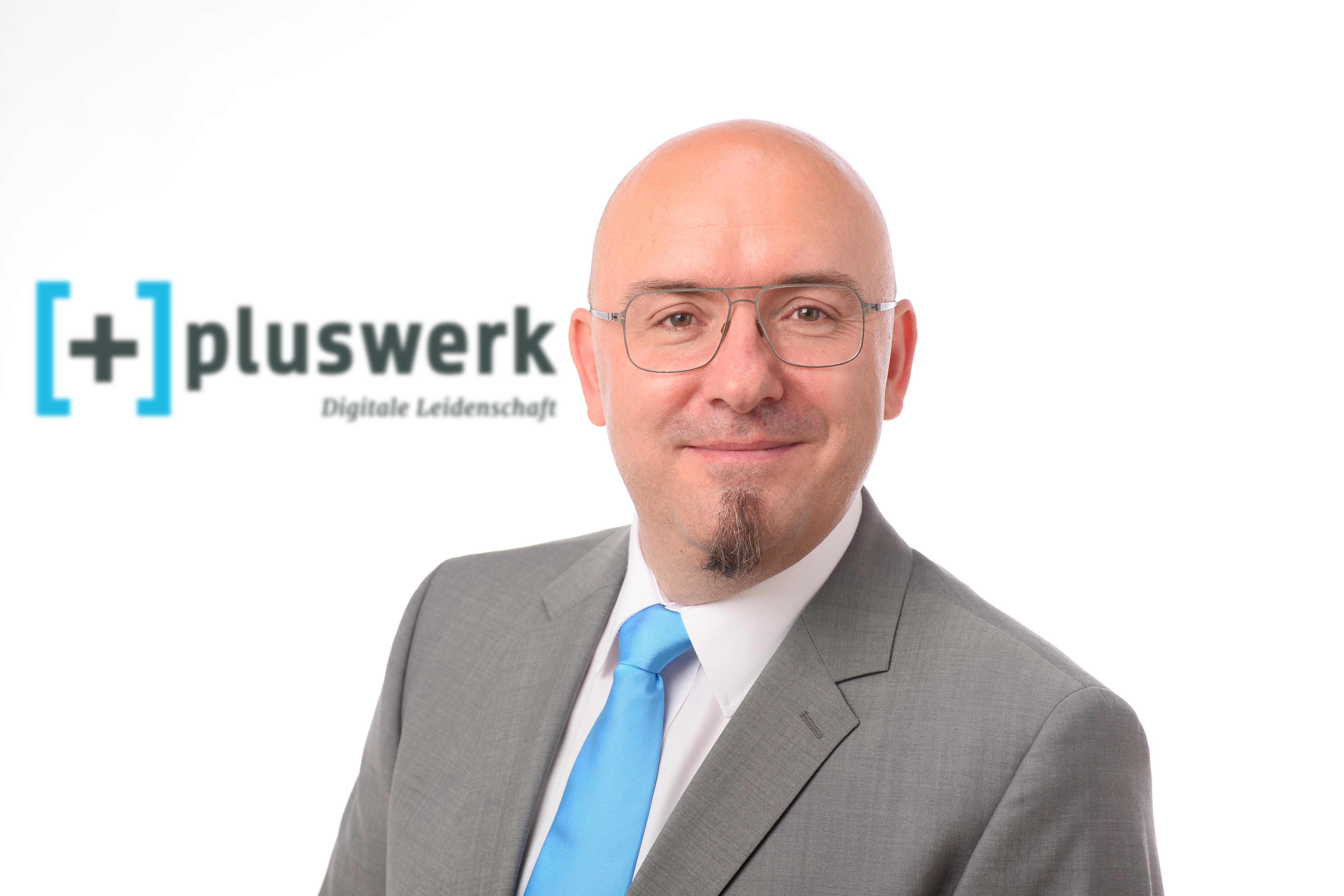 Patrick Lobacher +pluswerk AG