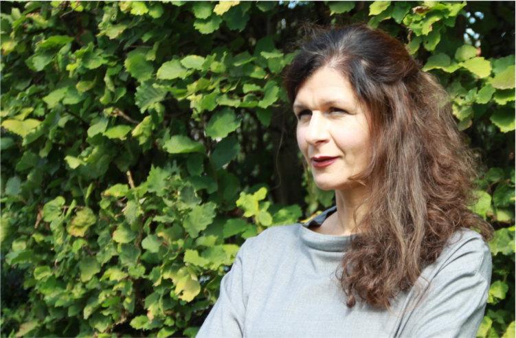 Sabine Reinhart PR13